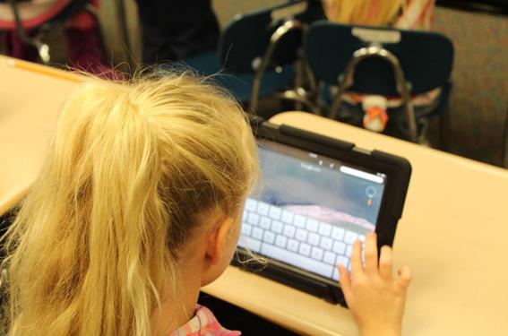 Las niñas como clave del futuro de las TIC