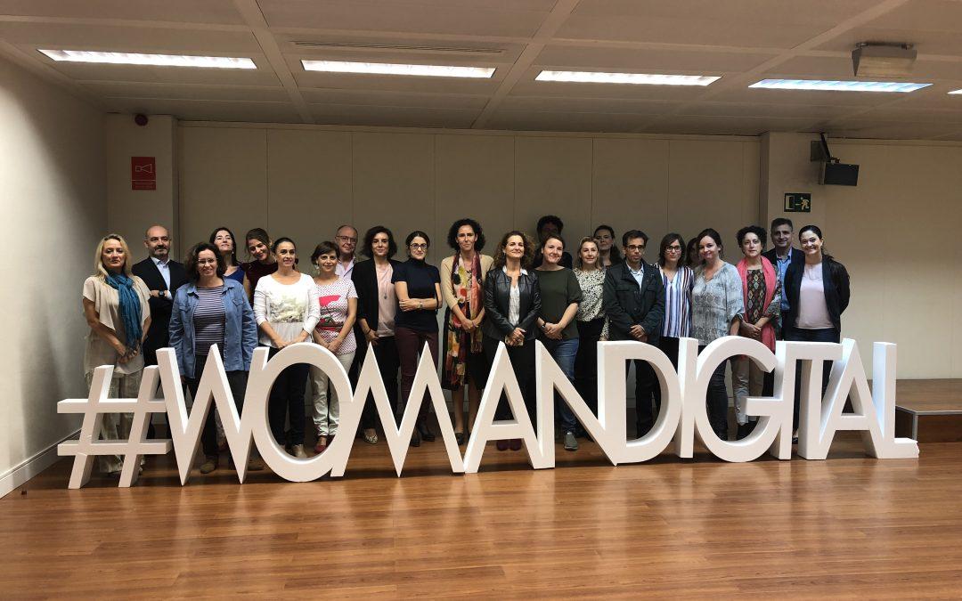 Doce propuestas de acción para incentivar la participación de las mujeres en el sector TIC